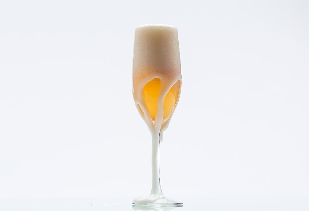 prosecco cocktail with sorbet