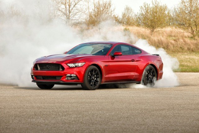 2016 Ford Mustang burnout