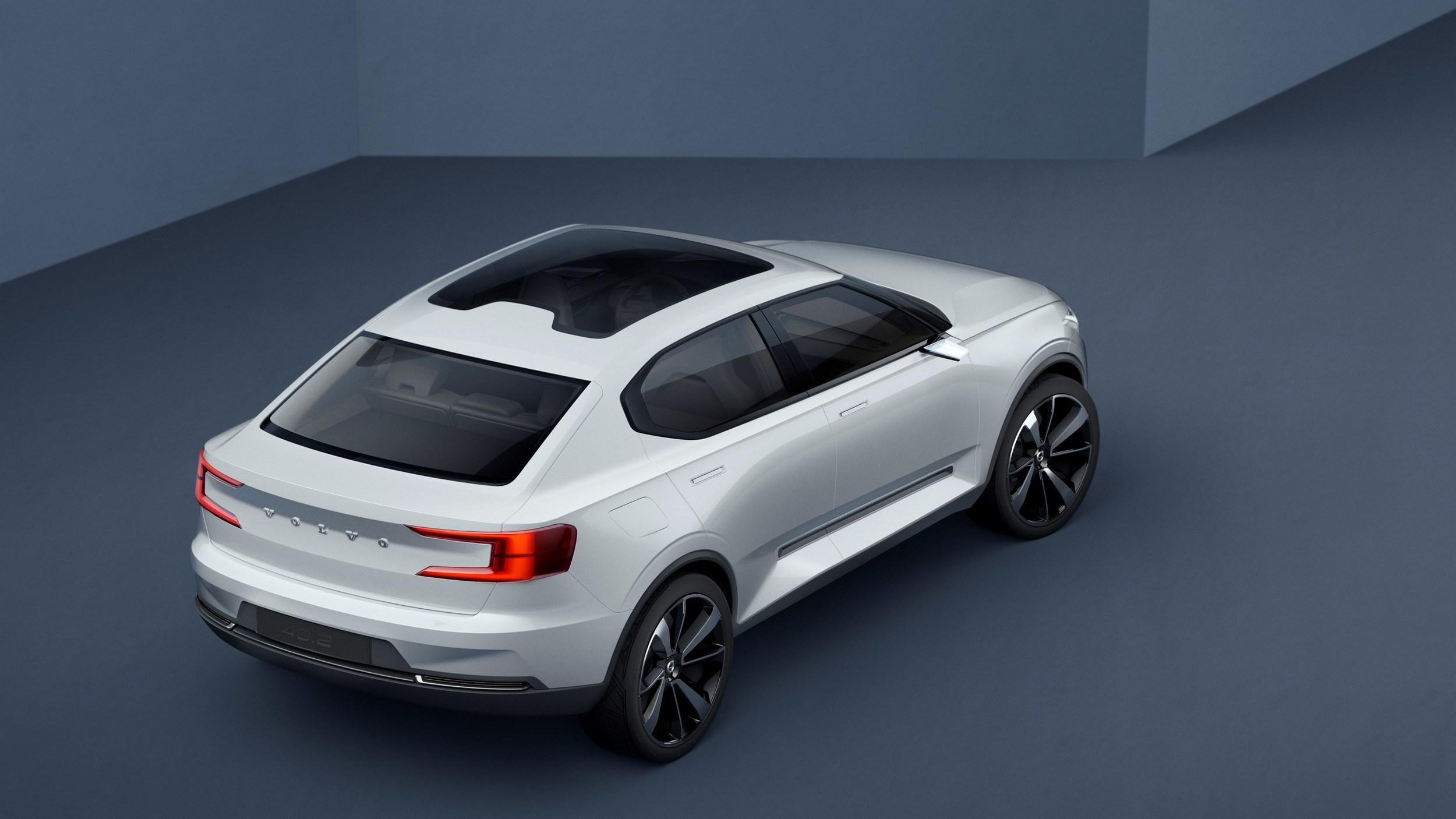 Volvo Reveals S40, XC40 Concepts, Details New Compact Platform