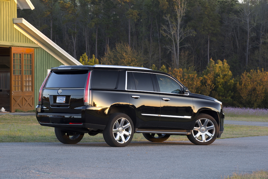 front cruze view gmc slt suburban yukon news xl motion recalled in chevrolet silverado