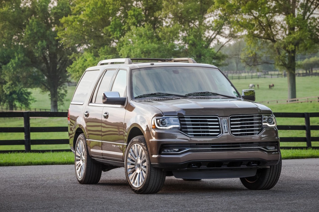 The Lincoln Navigator has been named one of The Car Book's 2015 Best Bets – the only large premium utility to achieve this honor.