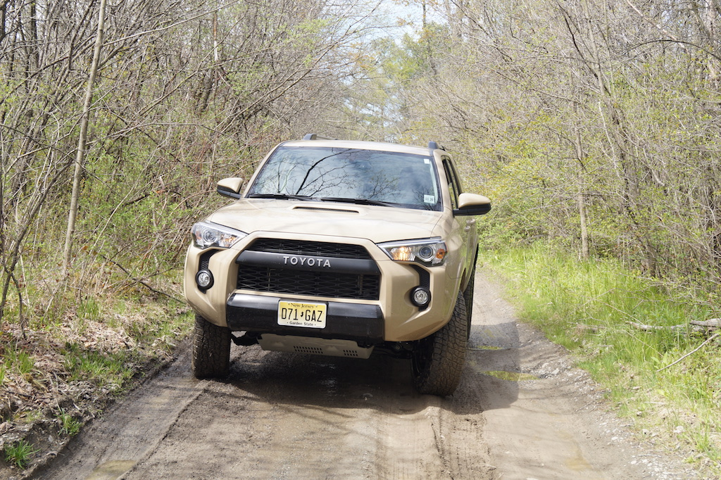 2016 toyota 4runner trd pro review the fj40 of the 21st century. Black Bedroom Furniture Sets. Home Design Ideas