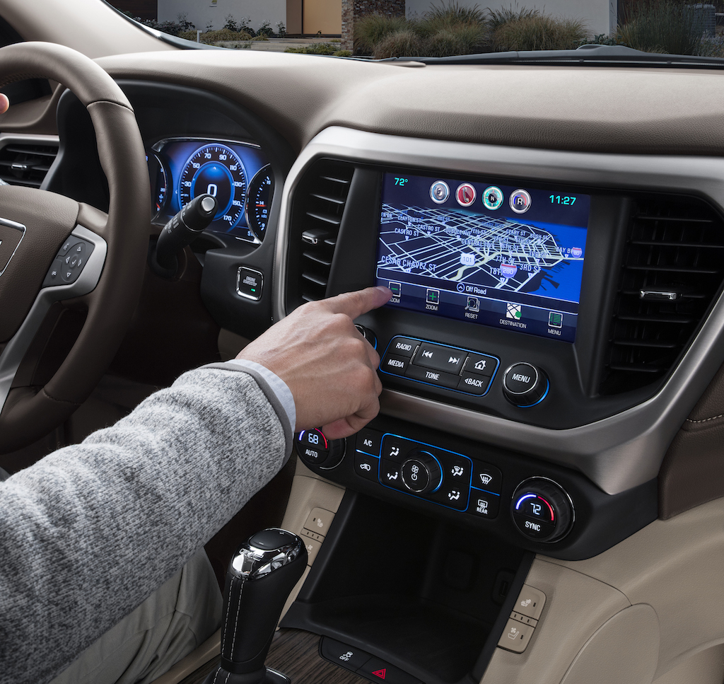 infotainment system of the GMC Acadia