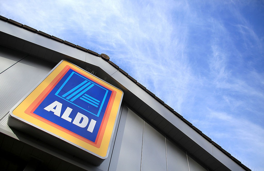 Aldi's grocery sign