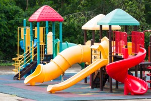 The Playground Workout: 5 Exercises You Can Do While Your Kids Play