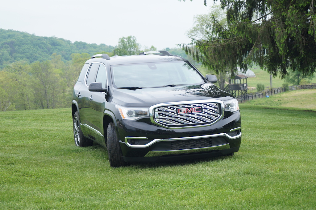 2017 GMC Acadia Denali | Justin Lloyd-Miller/Autos Cheat Sheet