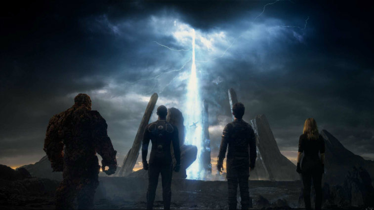 A screenshot from Fox's failed Fantastic Four reboot, of the characters looking at a beam of light in the sky