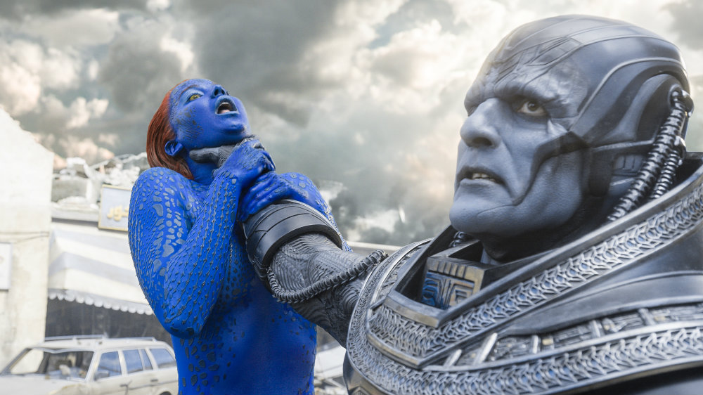 Jennifer Lawrence and Oscar Isaac in X-Men Apocalypse