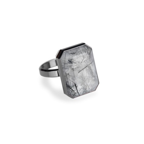 Ringly tourmalated quartz smart ring - stylish gadgets