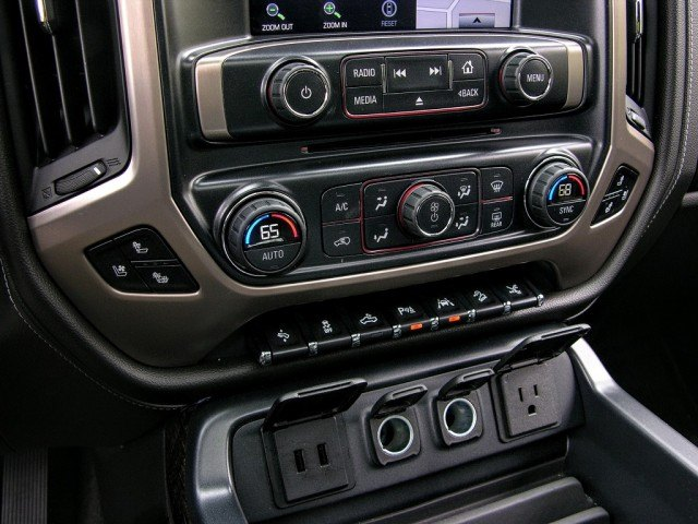 Toggle switches, control knobs, and charging ports