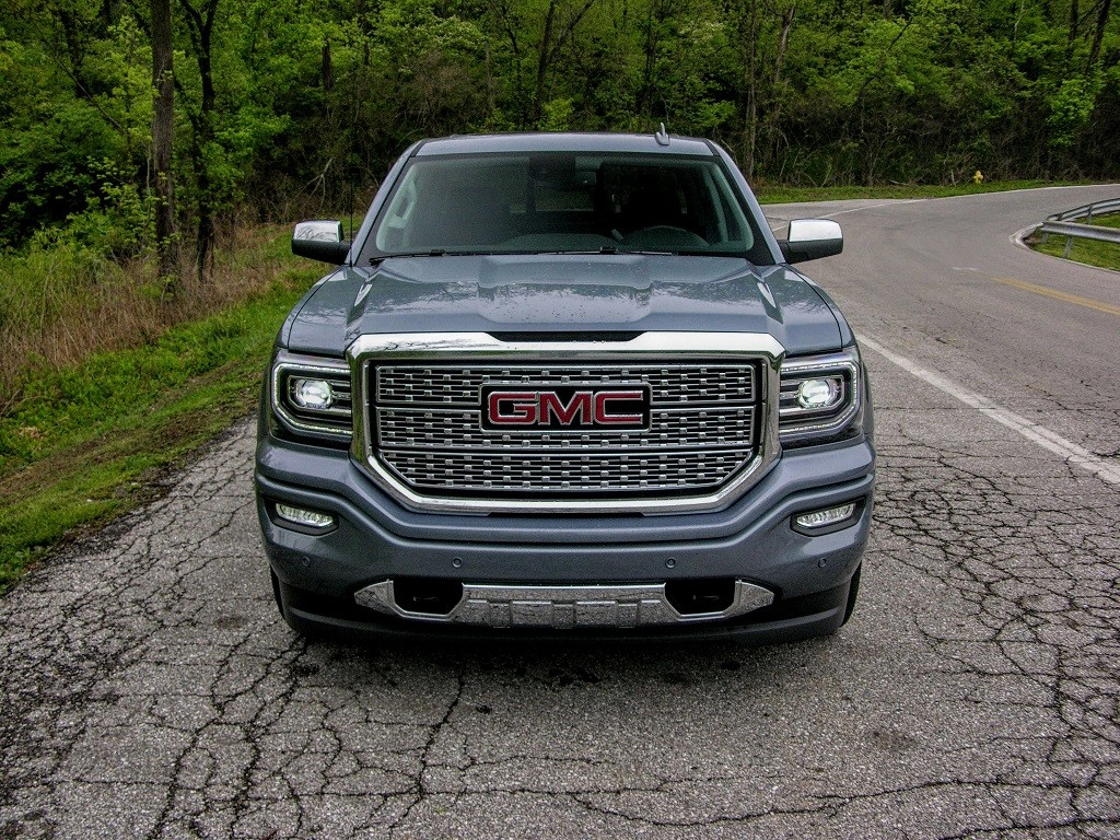 View of the Sierra Denali grille