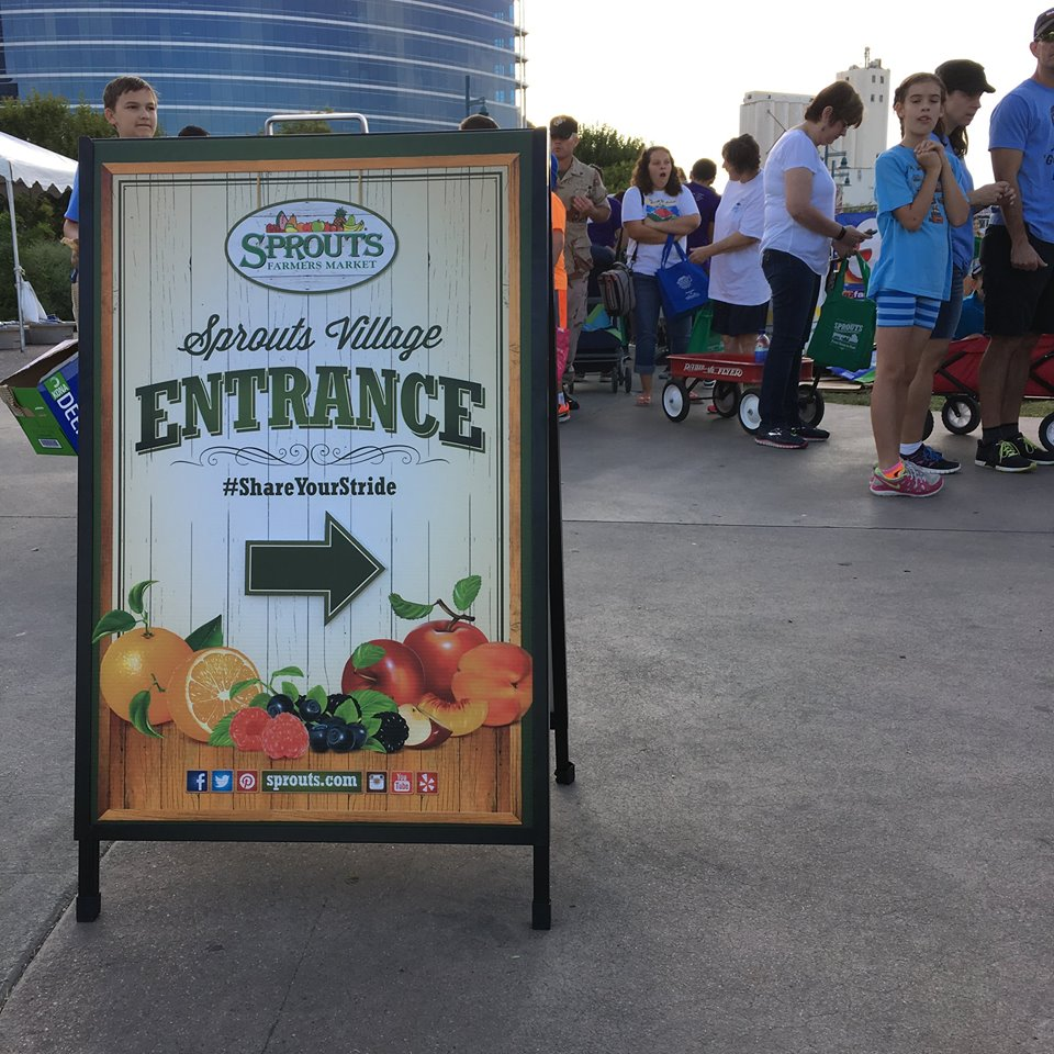 Sprouts event with line of people