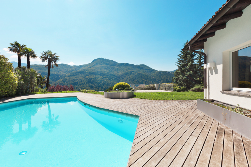 swimming pool in a beautifuil villa