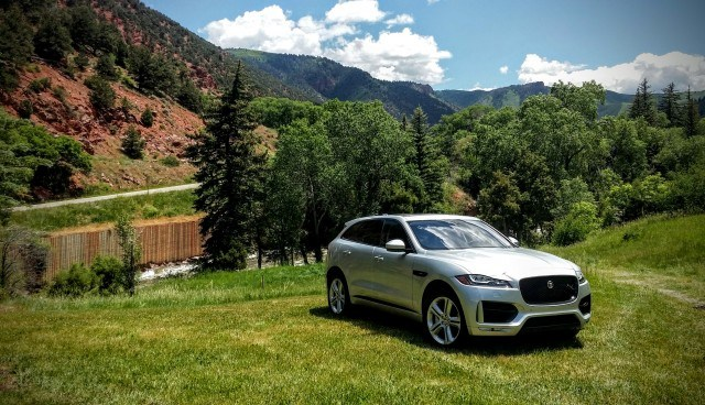 2017 Jaguar F-Pace, all-wheel drive fun