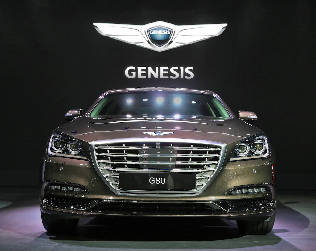 2017 genesis g80 debuts in korea with new sport trim. Black Bedroom Furniture Sets. Home Design Ideas
