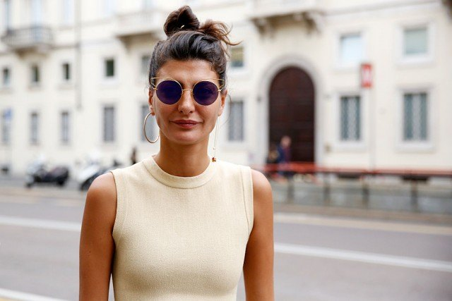 Woman wearing sunglasses