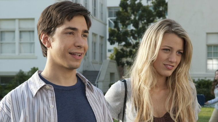Justin Long and Blake Lively in Accepted