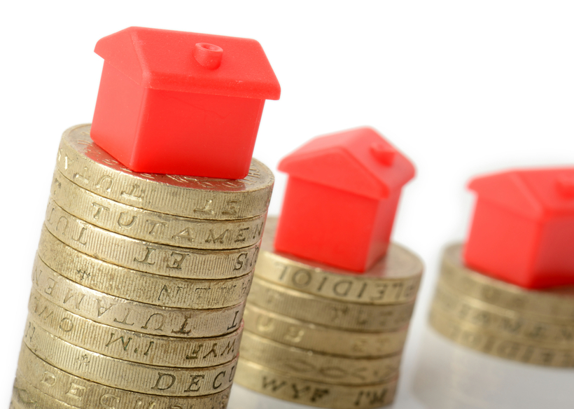 house models on coins, mortgage rate trends