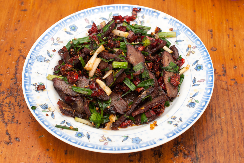 Stir fried beef in a plate
