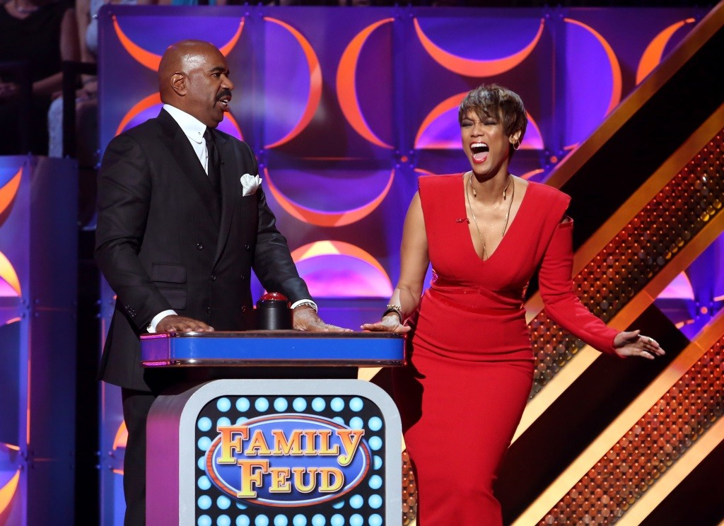 Steve Harvey on Family Feud with Tyra Banks