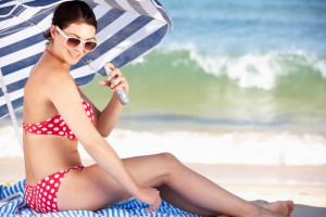 11 Supremely Stylish Bathing Suits for Top-Heavy Women