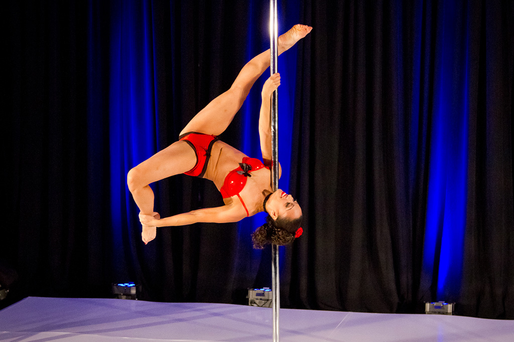Michelle Abbruzzese performs a trick at a competition