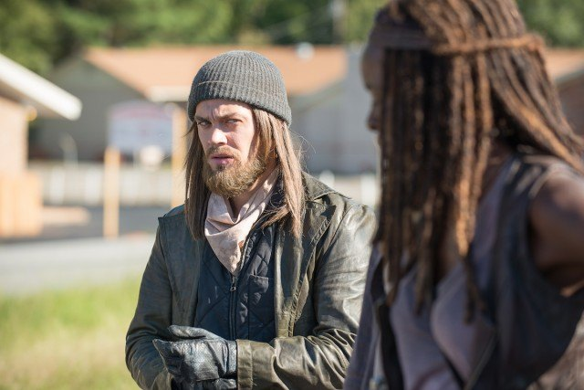 Jesus (Tom Payne) and Michonne (Danai Gurira) in a scene from AMC's 'The Walking Dead'
