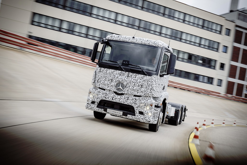 Mercedes-Benz electric truck