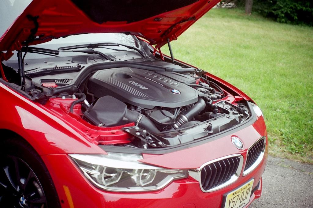 2016 BMW 340i powertrain