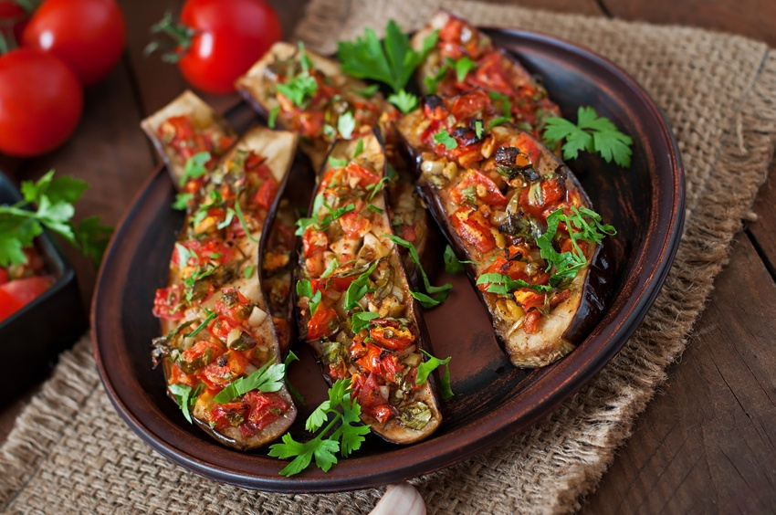 Dish of baked eggplant with tomatoes