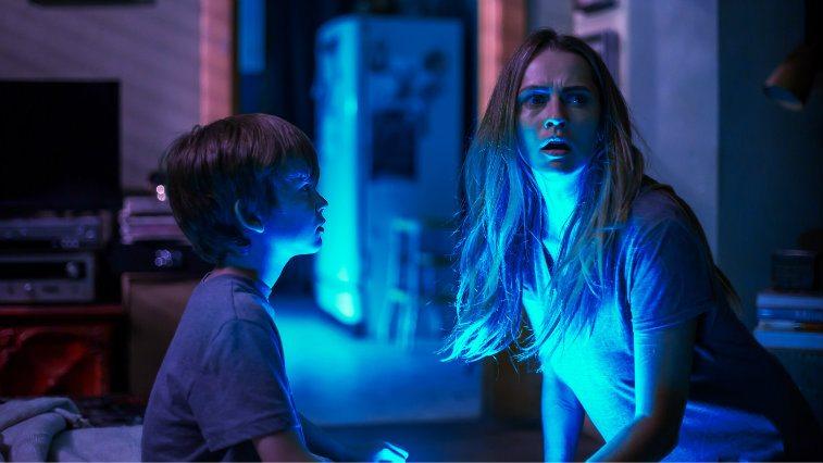 Gabriel Bateman and Teresa Palmer in Lights Out
