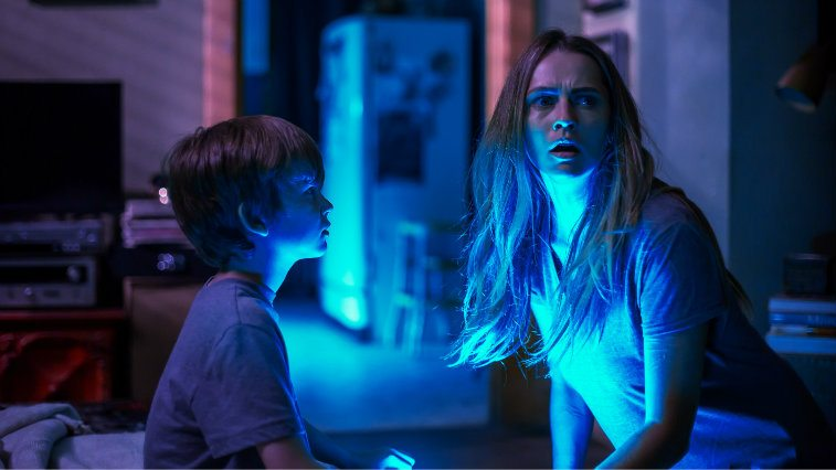 Gabriel Bateman and Teresa Palmer in Lights Out