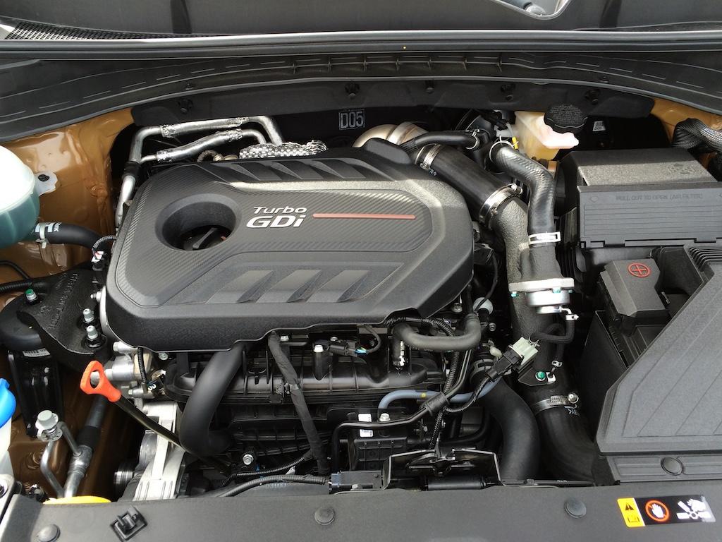 Kia Sportage under the hood