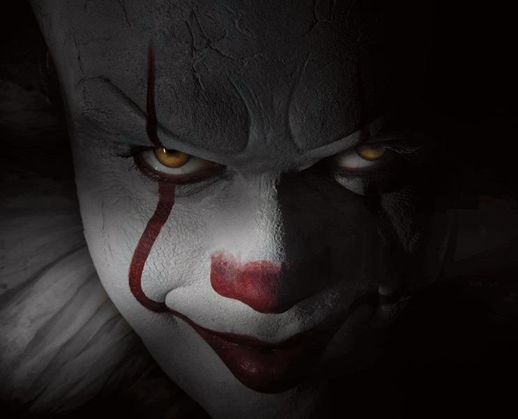 Bill Skarsgard stars as the evil Pennywise in the upcoming remake of <em>It</em>