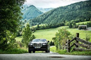First 'Drive': Living the Good Life in a Rolls-Royce Wraith