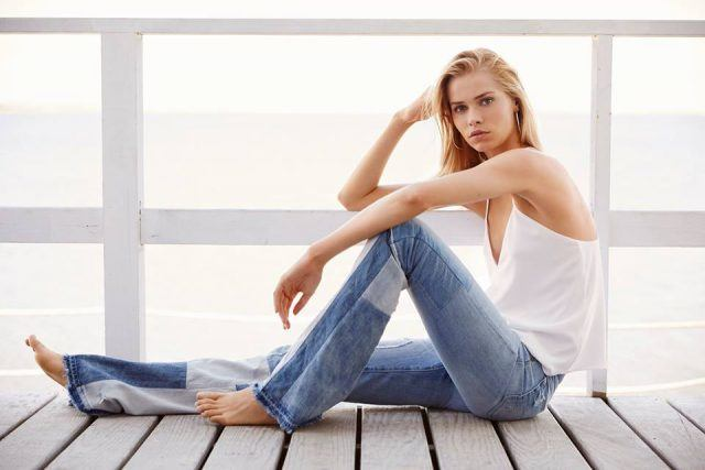 classic style, woman in jeans, timeless fashion