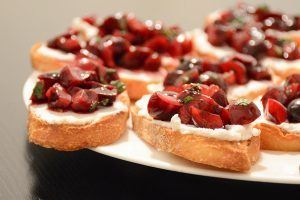 10-Minute Recipe for a Party: Cherry and Goat Cheese Crostini