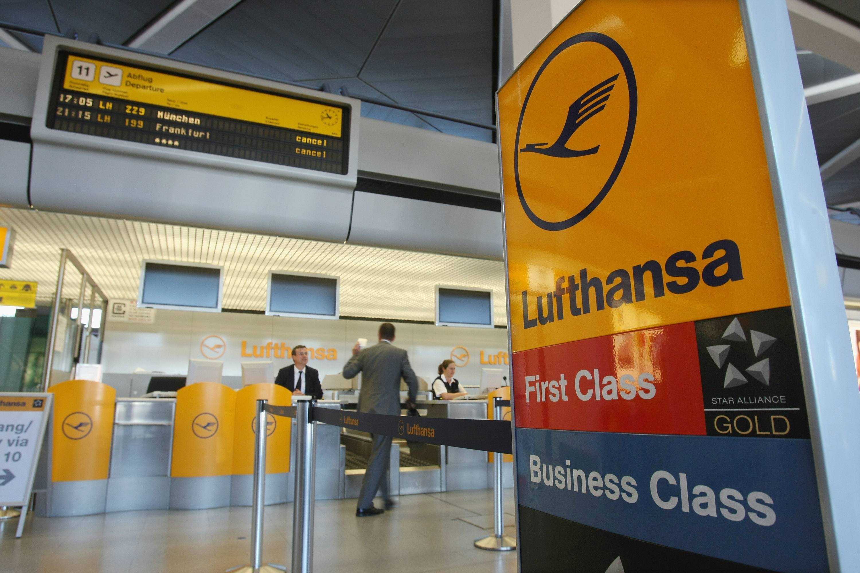 Lufthansa first class check in