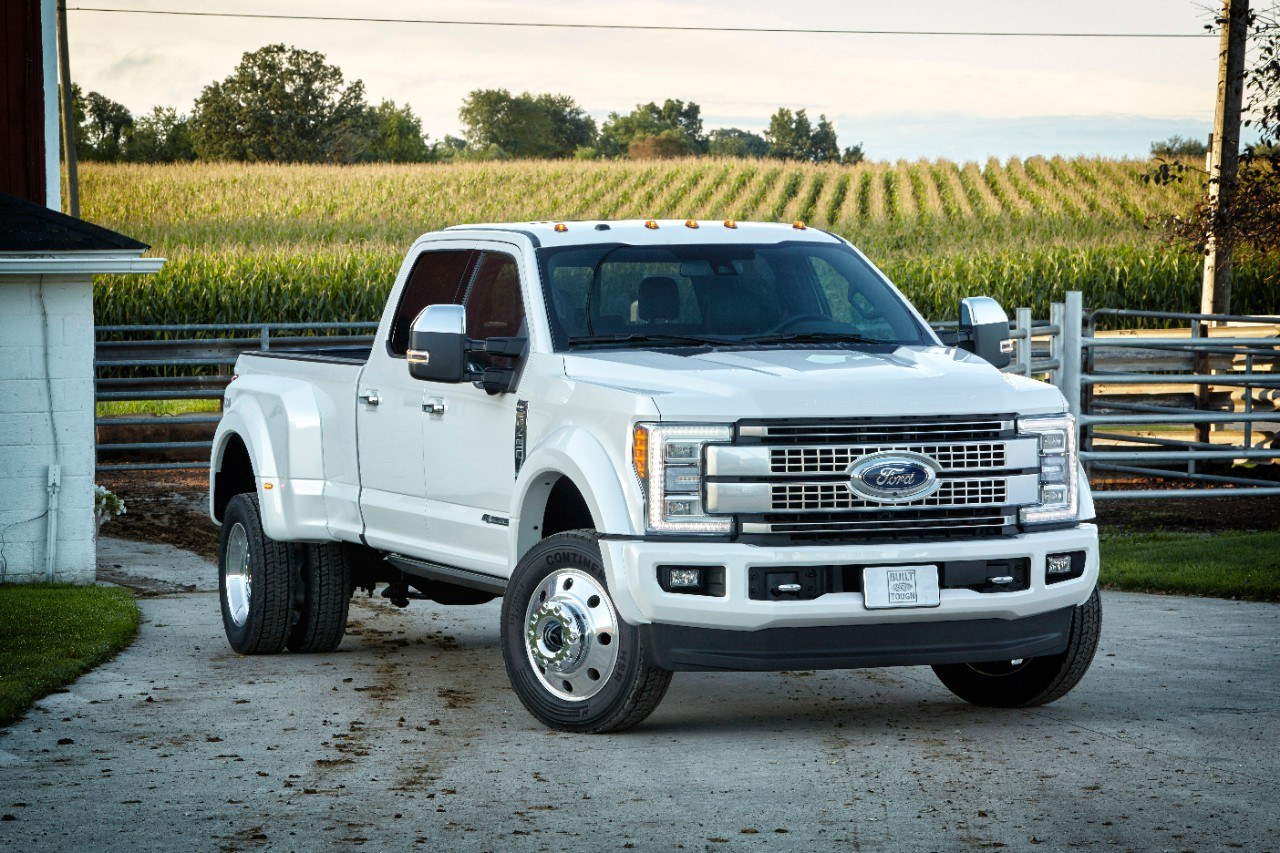 Ford Super Duty F-450 Platinum