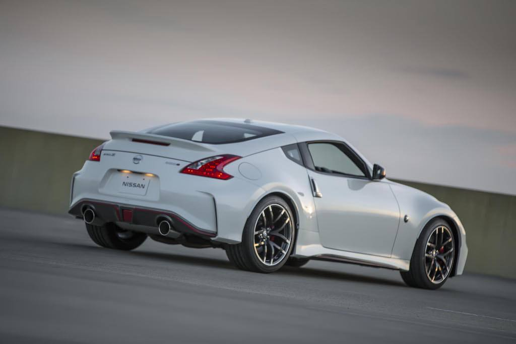 15 fastest nissan performance vehicles of all time the cheat sheet. Black Bedroom Furniture Sets. Home Design Ideas