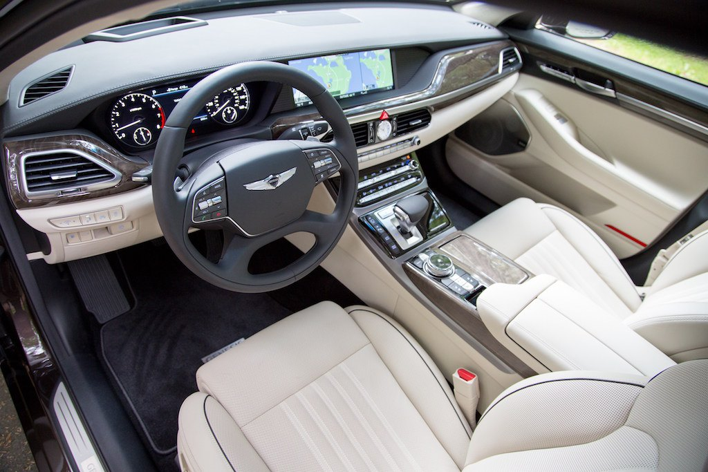 2017 genesis g90 first drive review a luxurious beginning. Black Bedroom Furniture Sets. Home Design Ideas