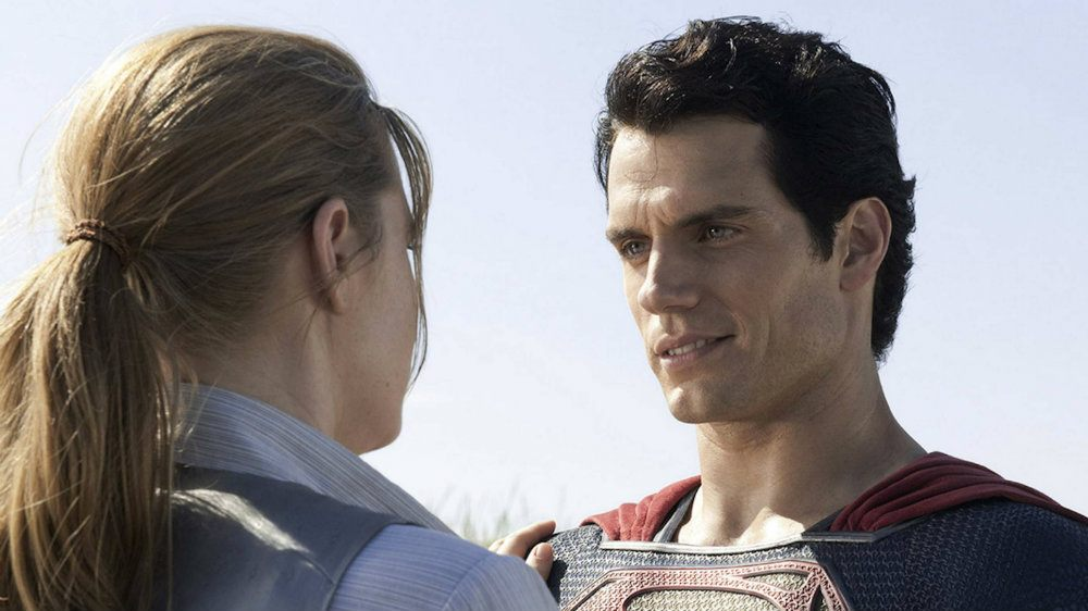 Amy Adams and Henry Cavill in Man of Steel