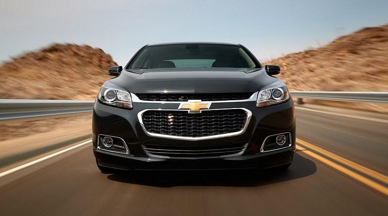 Chevrolet-Malibu-2015-Black-Color-Front-View-Wallpaper