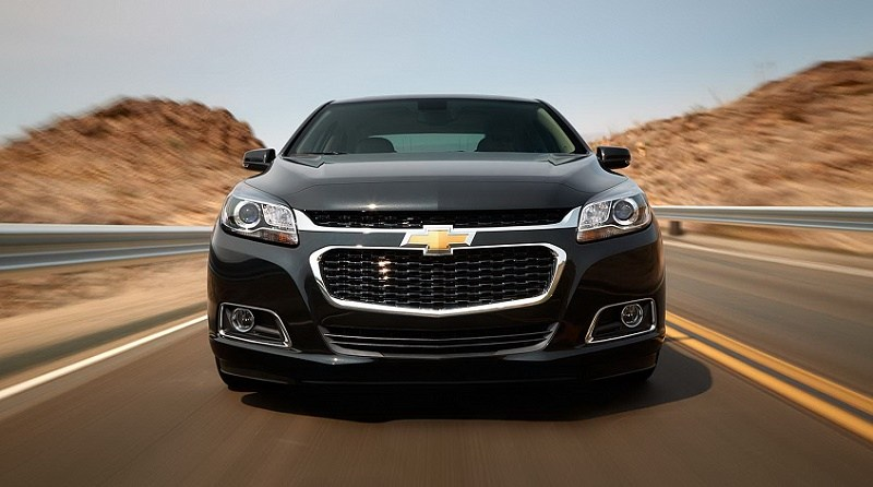 Chevrolet-Malibu-2015-Black-Color-Front-View-Wallpaper