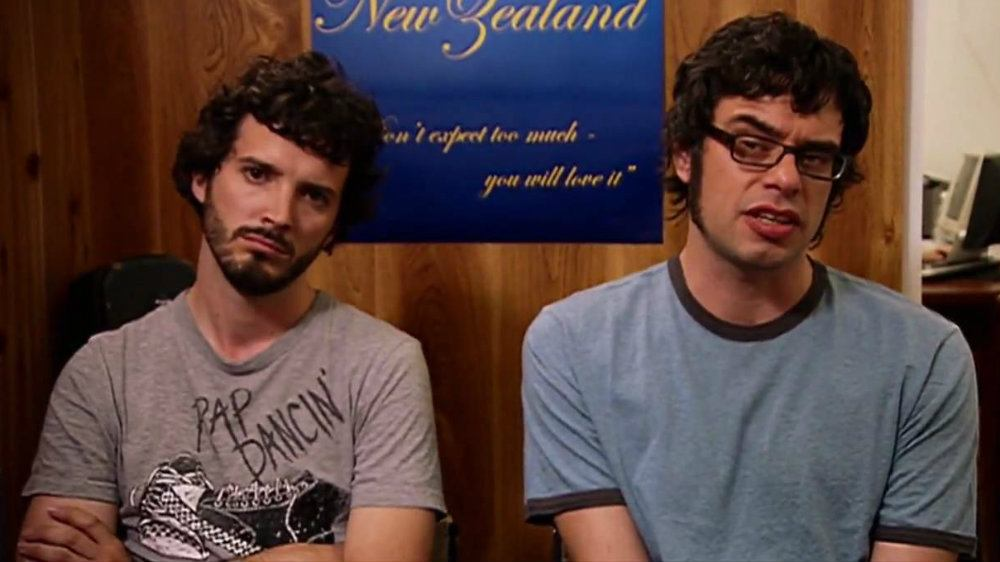 Bret McKenzie and Jemaine Clement in Flight of the Conchords