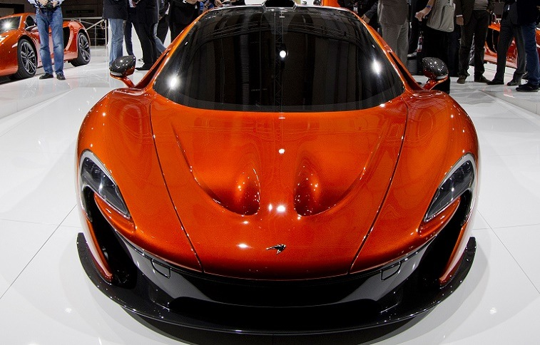 A Mc Laren P1 is displayed during the press days of the Paris Motor Show on September 28, 2012 at the Porte de Versailles exhibition center in Paris. The event runs from September 29, to October 14, 2012. AFP PHOTO JOEL SAGET (Photo credit should read JOEL SAGET/AFP/GettyImages)