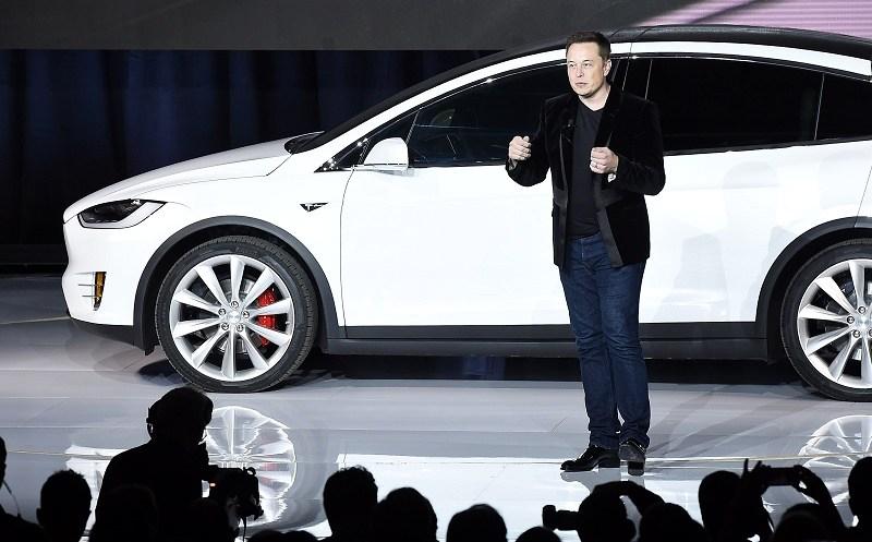 Elon Musk at the Tesla Model X premier