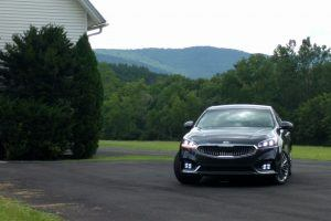 First Drive: Experiencing Upward Mobility With the 2017 Kia Cadenza