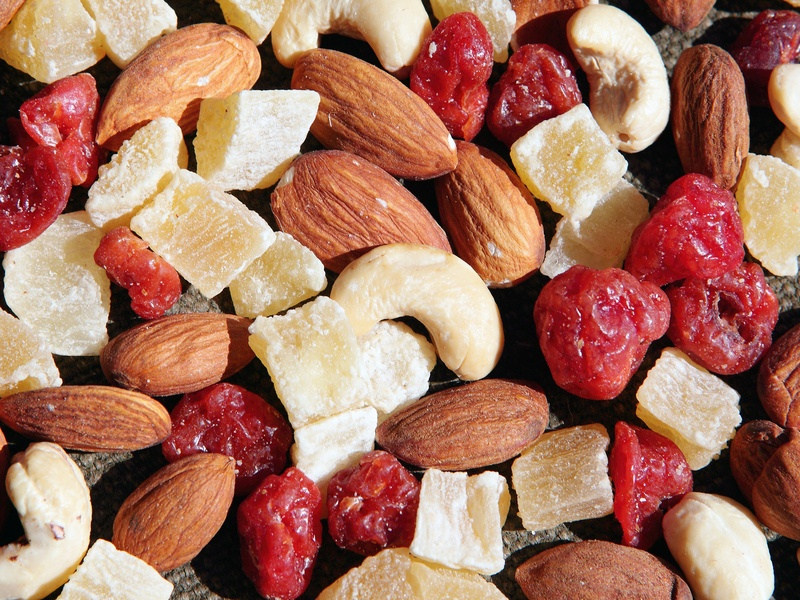 Mixed nuts and dry fruits