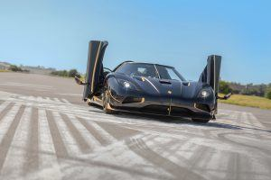 Koenigsegg Brings Out Bling for First Agera RS Deilvery in Europe